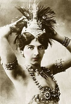 Mata Hari...(around 1905-1912)
