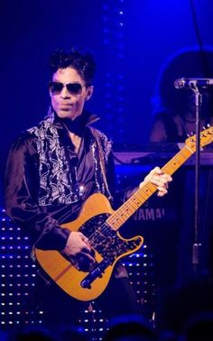U had the look: Paying tribute to Prince's taboo-challenging style Prince Images, The Artist Prince, Prince Purple Rain, Paisley Park, Purple Love, Roger Nelson, Prince Rogers Nelson, Latest Albums, Purple Reign