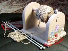 35 Trendy Craft Room Organization Yarn K - Diy Crafts Knitting Room, Loom Knitting, Knitting Needles, Crochet Crafts, Crochet Yarn, Yarn Crafts, Diy Crafts, Yarn Storage, Craft Storage