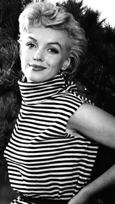 Marilyn Monroe photographed by Ted Baron, 1954.
