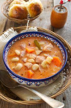 Karmuszka Soup Recipes, Healthy Recipes, Polish Recipes, Goulash, Chana Masala, Soups And Stews, Cheeseburger Chowder, Food Porn, Good Food