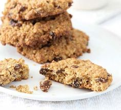 Orange, oat & sultana cookies~ Cookies don't have to be a guilty pleasure - these tasty treats from Leiths School of Food and Wine are superhealthy Oats Recipes, Bbc Good Food Recipes, Wine Recipes, Sweet Recipes, Cookie Recipes, Bbc Recipes, Healthy Recipes, Oat Cookies, Cookies Et Biscuits