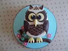 Owl cake By Scrumptious Cakes Minehead