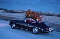 Incrível, mas já é quase Natal! E você pode trazer esta magia para dentro de sua casa de uma maneira sutil ou ostensiva. Basta pendurar uma bonita guirlanda na porta de entrada, para dar boas vindas à quem chega, e até mesmo pendurá-la sobre um espelho, o que produz um efeito magnífico! Faça um arranjo… Leia mais Christmas Time