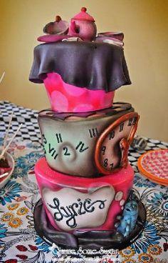 Disney princess birthday cake Alice