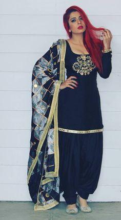 punjabi suits partywear suits suits for functions wedding suits punjabi suit designs Punjabi Girls, Punjabi Dress, Pakistani Dresses, Indian Dresses, Punjabi Suits, Indian Designer Suits, Indian Suits, Indian Attire, Indian Wear