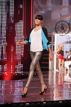 Short and fitted, this jacket flows in lightweight crepe, featuring folded pleats in back to give it swing, and a hook-and-eye closure in front. Reversible, too. I love the shiny skinny jeans styling. Sarah Black, Window Shopper, Star Show, Bare Necessities, Winter Looks, Winter Wear, Star Fashion, Rock And Roll, Leather Pants