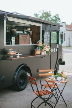 Lucky Lab Coffee Truck Styled Shoot Little Yellow Flower Coffee Truck, Coffee Carts, Food Trucks, Vegan Food Truck, Big Trucks, Pickup Trucks, Foodtrucks Ideas, Mobile Coffee Shop, Mobile Cafe