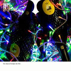 Non è mai troppo presto per iniziare a pensare ai regali di Natale... Donare una bottiglia di vino resta sempre un gesto senza tempo, unico e speciale e #BepinDeEto è pronto a consigliarvi il vino perfetto per i vostri amici, parenti o partner commerciali, scegliendo tra rossi, bianchi e spumanti della Cantina, disponibili nelle raffinate confezioni litografate.