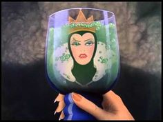 Evil queen becoming old woman