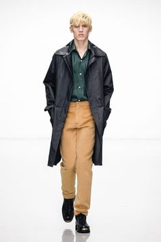 #londoncollectionsmen Jan 8-11 View-> http://intrend.fashion/index.php/london-fashion-week/fall-winter-2016-2017-menswear-fashion-shows/7576-lou-dalton-menswear-fall-winter-2016-2017-london Lou Dalton Fall/Winter 2016/2017 Collection  #lcm