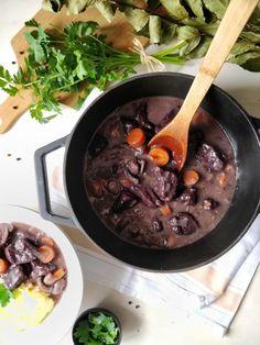 Seitan bourguignon vegan Moussaka, Sauerkraut, White Wine Risotto, Vegan Bibimbap, Homemade Seitan, Seitan Recipes, Chimney Cake, Pumpkin Sauce, Eat This