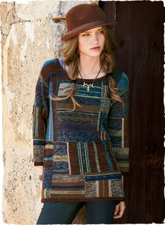 Handframed in a patchwork of redwood, indigo, violet, mahogany, sage and limestone, this gorgeous art knit is minimally styled with a round neck, drop shoulders and ¾-sleeves. Soft, warm and luxurious in a season-spanning mix of pima cotton (67%) and alpaca (33%).