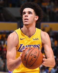 LISTEN THE NBA LISTEN THE RADIO - regram  teamlakers Lakers fall to the  Clippers. fcc699065