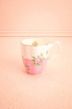 Tasse Macchiato Rose ♥ Café expresso et lait chaud mousseux: Le rituel du petit café tacheté!  Espresso coffee and warm foamed milk: The ritual of the spotted little coffee!