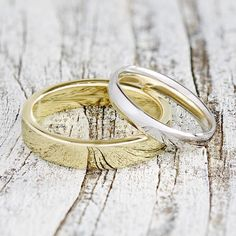His and Her wedding bands || Find a wedding band that matches your style perfectly || Get your custom size, width, and silhouette for the bride and groom wedding bands at @omigoldnyc || Choose white, rose, green, or yellow gold