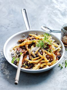 Caramelised onion and olive pasta.