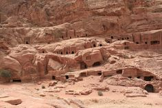 Profumi, sapori, colori ma anche storia, tradizioni, mistero e tanto altro. Queste le sensazioni di questo viaggio magico in Giordania