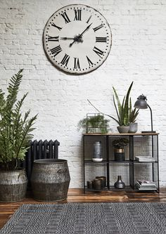 Add an industrial vibe to your interior with worn metals and reclaimed materials. The Layla reclaimed metal shelving unit isperfect for displaying your favourite decorative items.