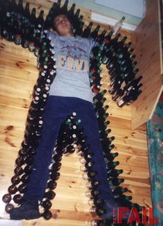 Drunk Guy - Funny pictures of people boy surrounded with beer bottles Funniest Pranks, Funny Pranks, Funny Fails, Awesome Pranks, Funny Jokes, Funny Images, Funny Pictures, Crazy Pictures, Word Pictures