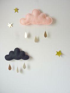 Sweet little rain cloud mobile.
