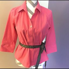 NORDSTROM Pink Top  Wrinkle free button up. Very sharp.     EUC.     XXXII Foxcroft Tops Button Down Shirts