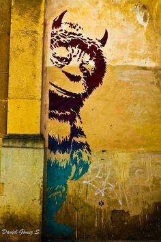 'Where the Wild Things Are' Street Art. Love the book by Maurice Sendak & Love The Street Art here. Amazing Street Art, 3d Street Art, Street Art Graffiti, Street Artists, Amazing Art, Banksy, Land Art, Instalation Art, Urbane Kunst