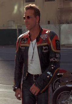 Get Harley Davidson and the Marlboro Man leather jacket, worn by Mickey Rourke. This Harley Davidson Motorcycle jacket for sale at affordable price. Harley Davison, Ranger, Harley Davidson Leather Jackets, Marlboro Man, Harley Davidson Merchandise, Mickey Rourke, Harley Davidson Chopper, Leather Men, Leather Jackets