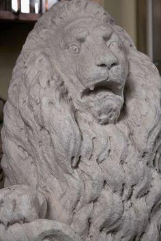 Carrara Marble Armorial Lions 6
