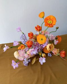 The most heavenly colour combination purple and orange Floral Centerpieces, Floral Arrangements, Wedding Centerpieces, Tall Centerpiece, Ikebana Arrangements, Flower Arrangement, Wedding Decorations, Floral Wedding, Wedding Flowers