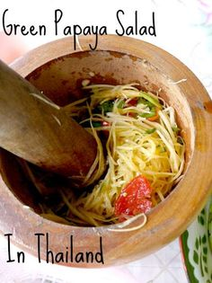 Som Tum, Thai Green Papaya Salad, is one of the best dishes you'll find in… Papaya Recipes, Asian Recipes, Ethnic Recipes, Thai Green Papaya Salad Recipe, Papaya Salad Laos, Papaya Salat, Vegetarian Recipes, Cooking Recipes, Thai Dishes