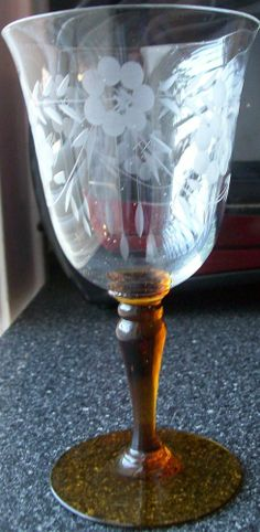 Unique ~ FLORAL/VINE/SWAG Etched Flared Wine Glass w/Amber Stem/Clear Optic Bowl