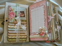 Scrapbooking by Phyllis: Premade Scrapbook Mini Album *Memories*