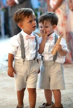 Adorable wedding outfit for toddlers | Rustic wedding