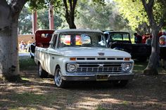 Motor'n | Ford F100 Nationals