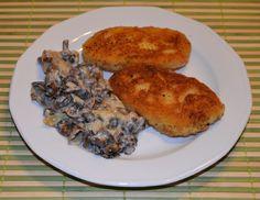 Gotowanie wg Marty: Placki ziemniaczane z gotowanych ziemniaków sosem grzybowym