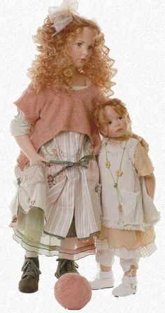 Hildegard Gunzel Dolls are made of porcelain and then coated with wax. my-doll-room Pretty Dolls, Cute Dolls, Beautiful Dolls, Old Dolls, Antique Dolls, Vintage Dolls, Dollhouse Dolls, Miniature Dolls, Reborn Dolls