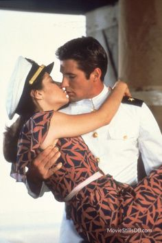 Zack and Paula (Debra Winger and Richard Gere) in Officer and a Gentleman Richard Gere, Love Movie, I Movie, Movie Stars, Movie Theater, Old Movies, Great Movies, George Sand, Debra Winger