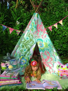 DESIGNER Tee Pee - The Posh Play Tent - Choose from our gorgeous selection of Amy Butler prints. $125.00, via Etsy.