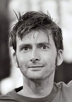 From the archives of the Timelords and Whovians--David Tennant is just precious Scottish Actors, British Actors, Dr Who 11, Doctor Who Cast, John Mcdonald, 10th Doctor, Twelfth Doctor, David Tennant Doctor Who, Torchwood