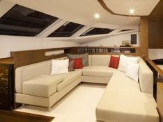 Catamaran | Luxury yacht charters | Catamaran for charter | Sunreef Yachts Charter