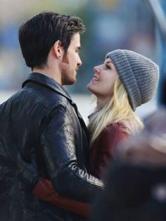 "Colin O'Donoghue and Jennifer Morrison - Behind the scenes. Season 4 Episode 20 "" Mother "" 3rd March"