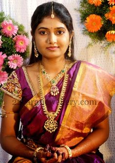 Gorgeous Lady in Simple Mango Mala | Jewellery Designs