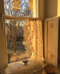 oh to be sitting by the window sill waiting for your pie to finish cottage core? Future House, My House, Deco Studio, Cottage In The Woods, Küchen Design, Window Sill, Mellow Yellow, My New Room, Goblin