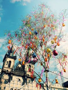 prague old town square easter