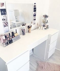 "IKEA ""Malm"" desk (white) desk Source by My New Room, My Room, Teen Room Decor, Bedroom Decor, Sala Glam, Ikea Malm Desk, Rangement Makeup, Home Decoracion, Vanity Room"