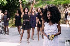 ♥♥♥  Casamento real da Aretha e do Dan Um casamento real que aconteceu em Campo Grande, Rio de Janeiro, cheio de dicas de DIY, muitas fotos lindas e dois noivos super apaixonados! http://www.casareumbarato.com.br/casamento-real-aretha-dan/