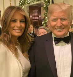 Donald And Melania Trump, First Lady Melania Trump, Donald Trump, Trump Is My President, Trump One, Makeup Tips For Redheads, Ivanka Trump, Beautiful Family, Business Women