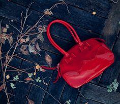 Laukun nimi ei tiedossa Prada, Bags, Collection, Fashion, Handbags, Moda, Fashion Styles, Fashion Illustrations, Bag