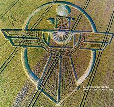 Crop Circle – 25 de Julho – Barbury Castle, Broad Hinton, Wiltshire, Reino Unido.